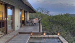 Suedafrika-Kwazulu-Phinda-Mountain-Zimmer-Terrasse