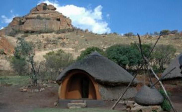 Lesotho Rundhütte